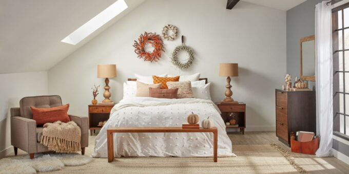 Decorating With Bedroom Accessories